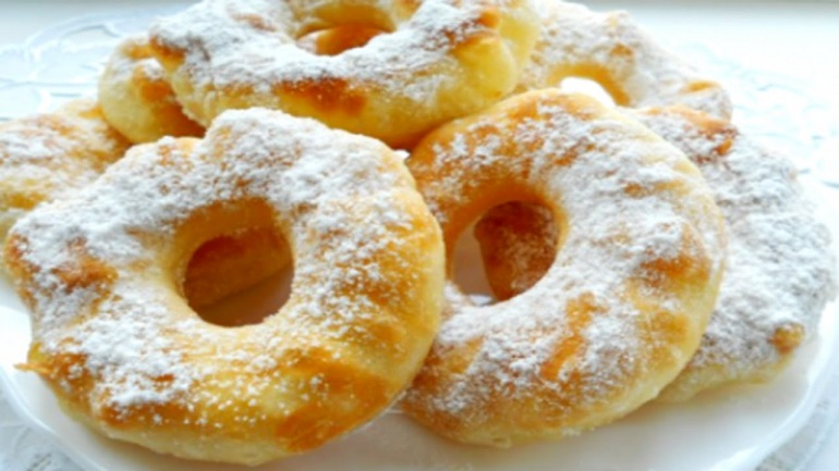 Воздушные пончики на кефире