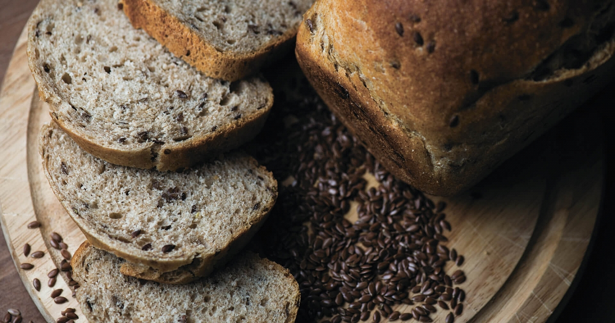 Невероятно вкусный хлеб с кунжутом и семенами льна