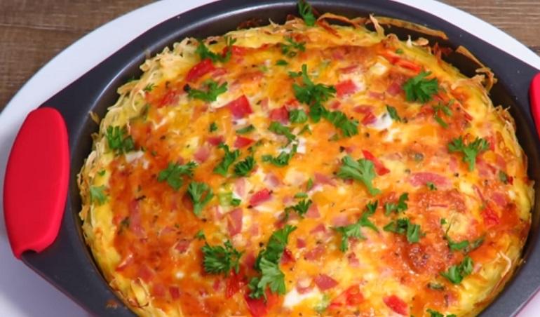 Запеканка-омлет с картофелем и сыром: завтрак для всей семьи