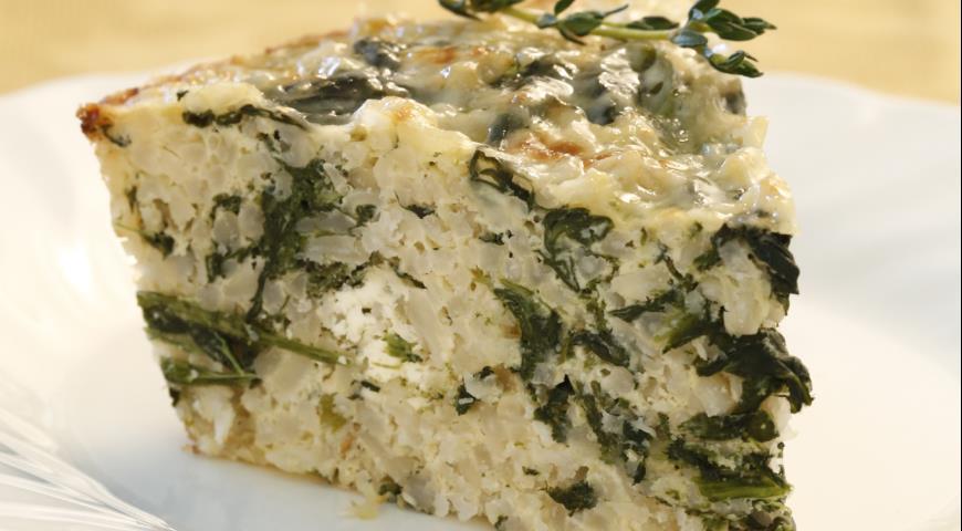 """Очень аппетитная запеканка из риса со шпинатом и сыром """"Фета"""""""