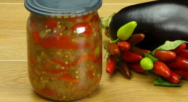 Баклажанная икра со сладким болгарским перцем: идеальная летняя закуска