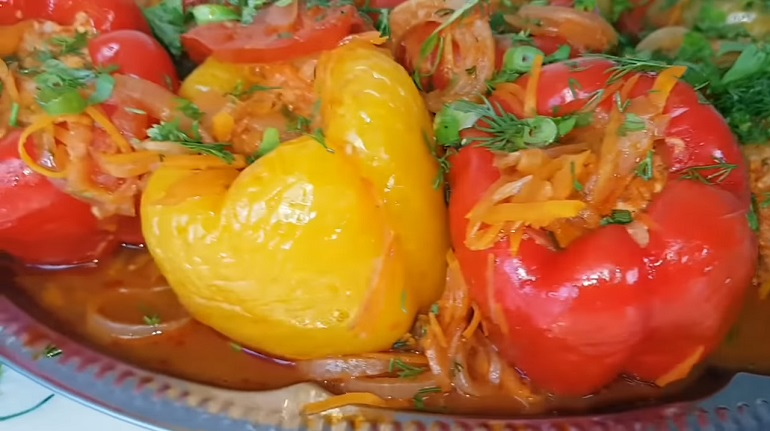 Домашний фаршированный перец-ассорти: отличная идея для обеда или ужина