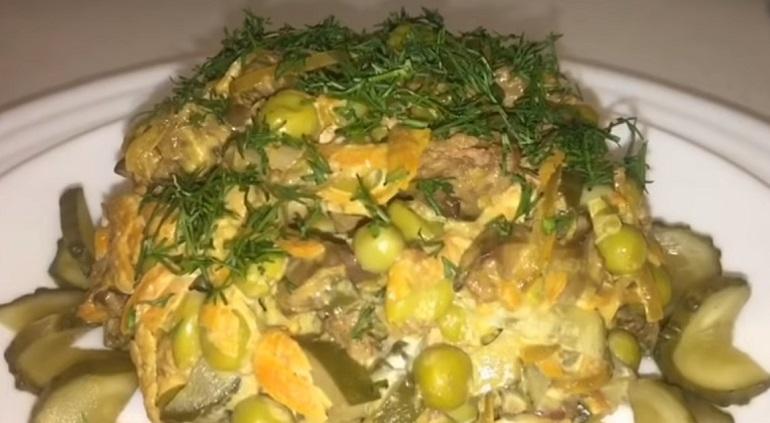 Нежнейший салат «Илона» с куриной печенью: вкусная и полезная закуска