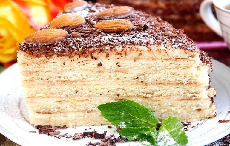 Торт сметанный на сковороде: секреты правильного приготовления