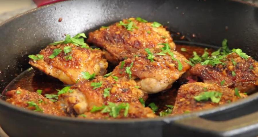 Вкуснятина из курицы-куриные бедра в медово-чесночном соусе