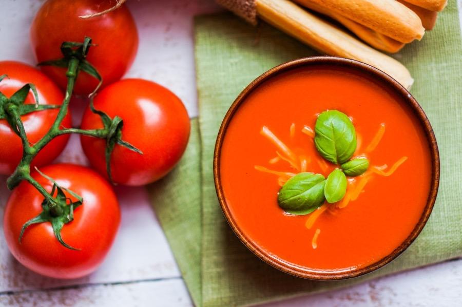 Обалденный суп из запеченных томатов и перца