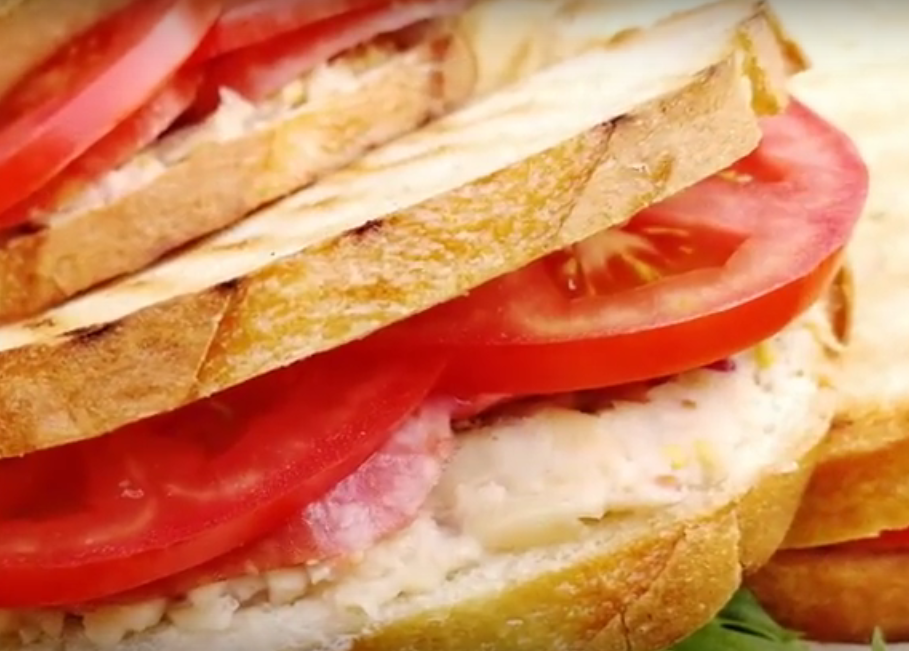 Бутерброд-кармашек на завтрак за 5 минут (3 варианта)