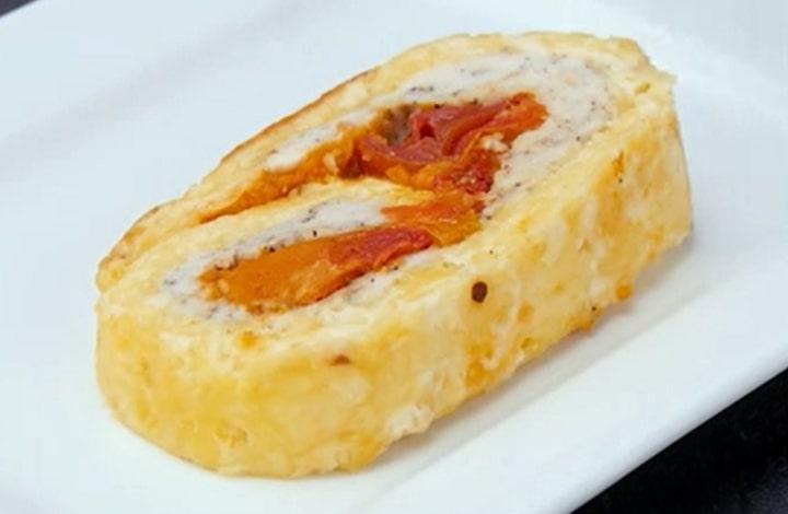 Потрясающий сырный рулет с курицей и фасолью