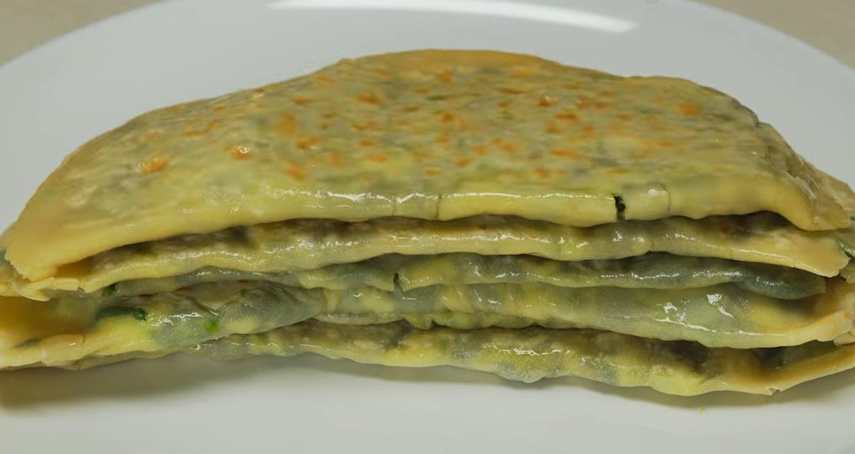 Аппетитные кутабы с зеленью и сыром