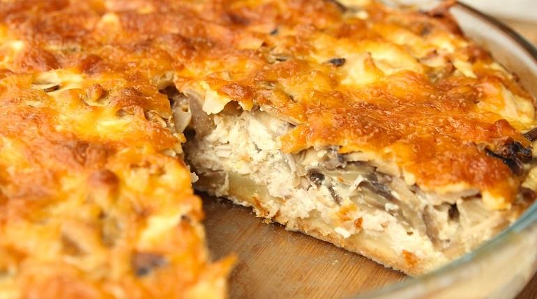 Классический лоранский пирог с курицей и грибами: вкуснятина в сливочной заливке