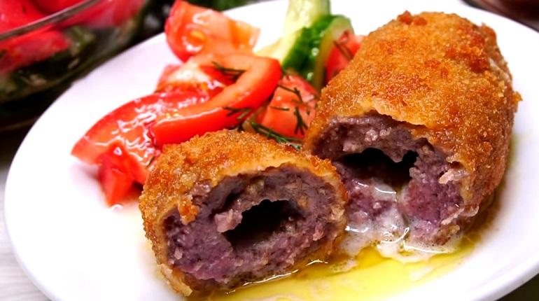 Мясные сочные котлеты: простой рецепт вкуснейшего блюда