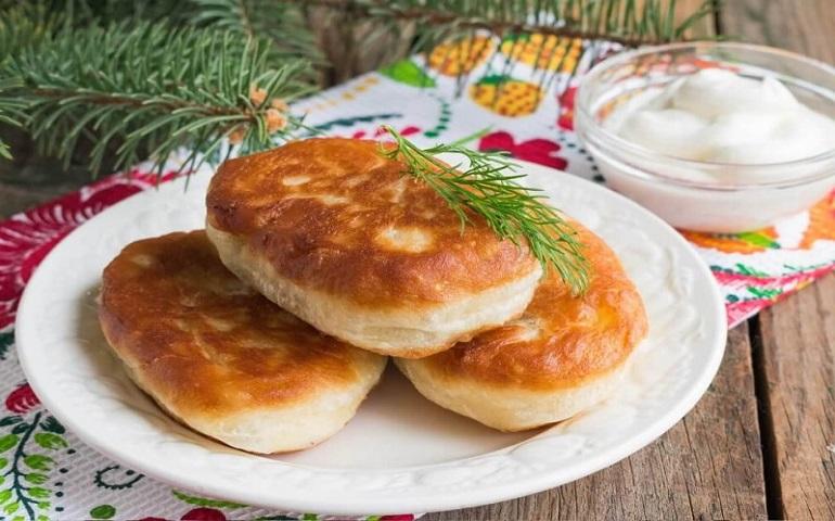 Очень вкусные пирожки с картошкой: бабушка была бы довольна