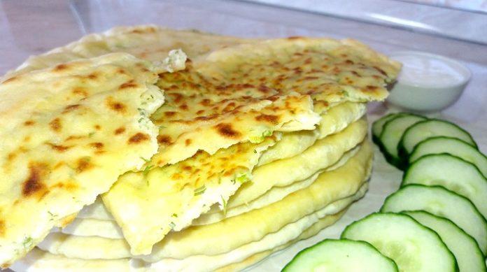Самые лучшие лепешки с сыром и зеленью: на скорую руку