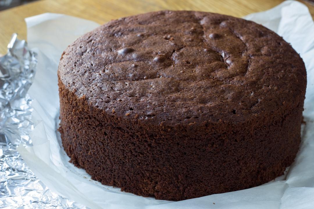 Самый пышный шоколадный бисквит, который не опадает