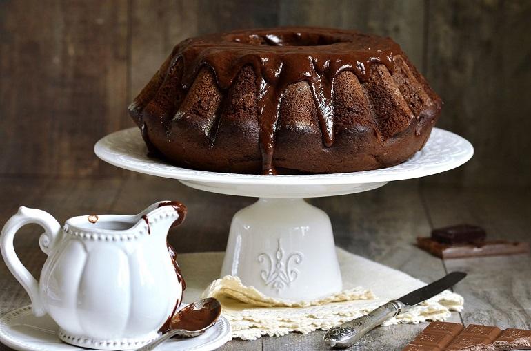 Великолепный шоколадный кекс: отличный десерт к чаю