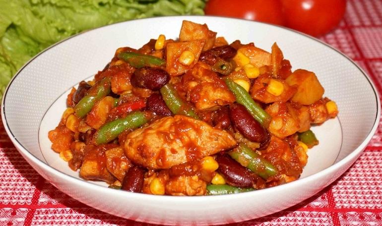 Курица с овощами по-мексикански: отличный ужин за 30 минут