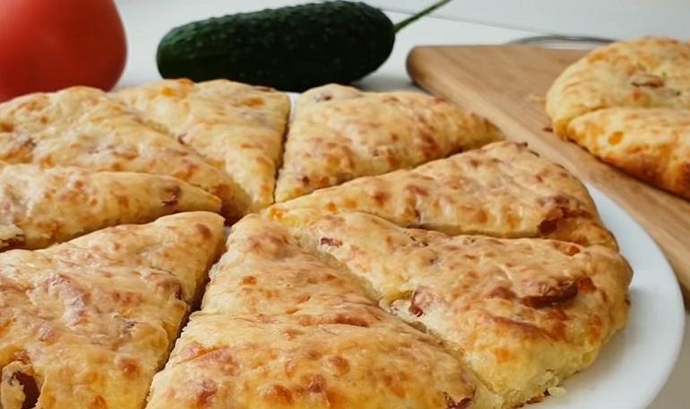 Ленивая пицца на скорую руку: сытный завтрак или быстрый перекус