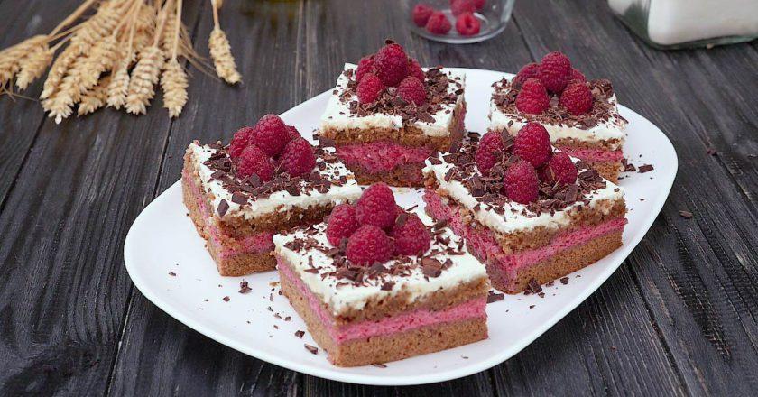 Божественные бисквитные малиновые пирожные