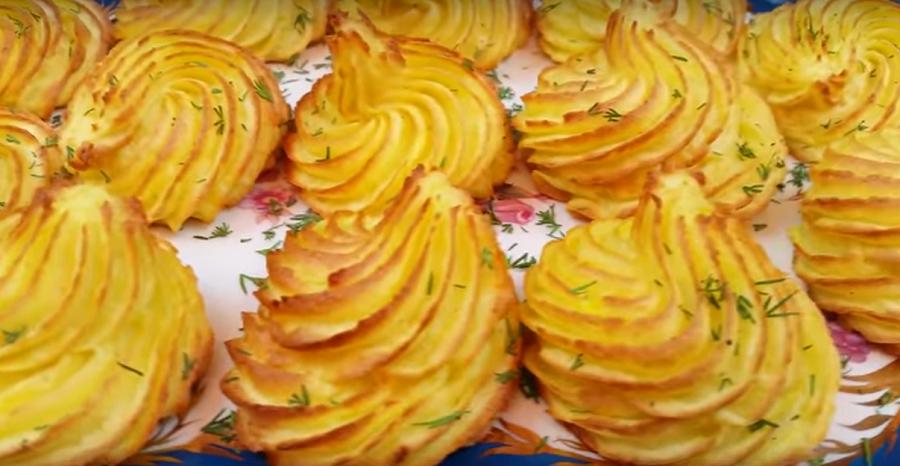 Оригинальная подача картофельного гарнира на праздничный стол