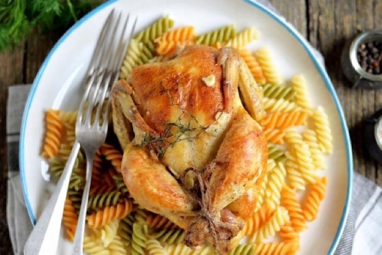 Бесподобный цыплёнок корнишон в духовке