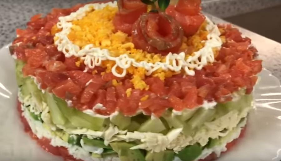 Новогодний салат «Мануэлла»-все гости просто обалдеют