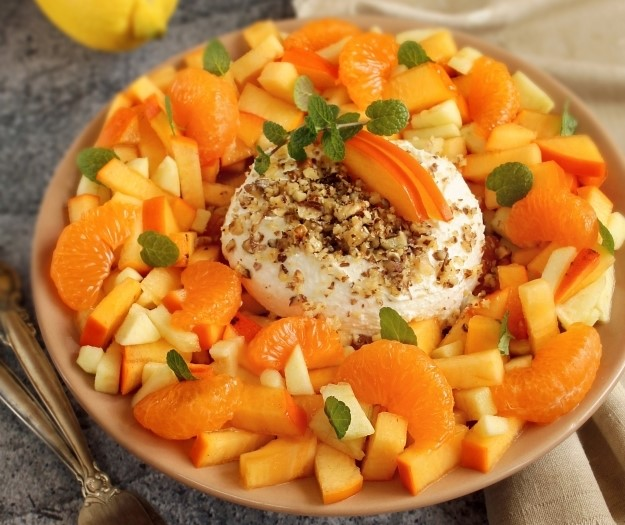 Обалденный фруктовый салатик с хурмой