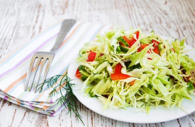 Очень вкусный салат из капусты и соевого соуса: правильное питание