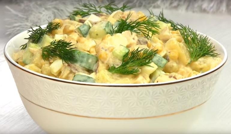 Легкий салат «Панночка» для дам: без майонеза
