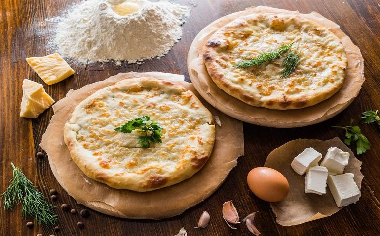 Осетинский пирог с сыром и картофелем: вкусный, ароматный и сытный