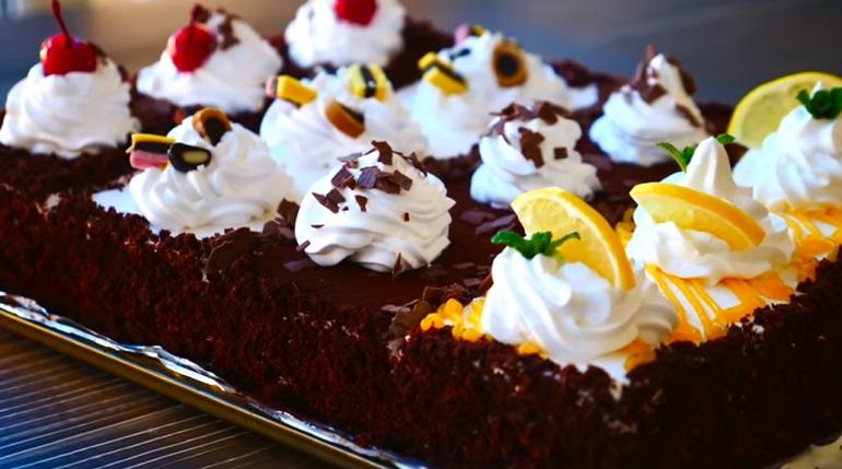 Пышный торт «4 вкуса»: выпечка-шедевр для праздничного чаепития