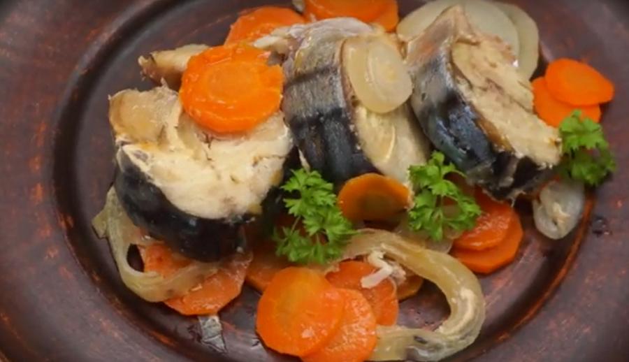 Так скумбрию вы еще не готовили! Рыба в духовке-необычный легкий рецепт