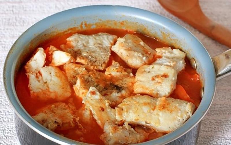 Аппетитное овощное рагу с рыбой