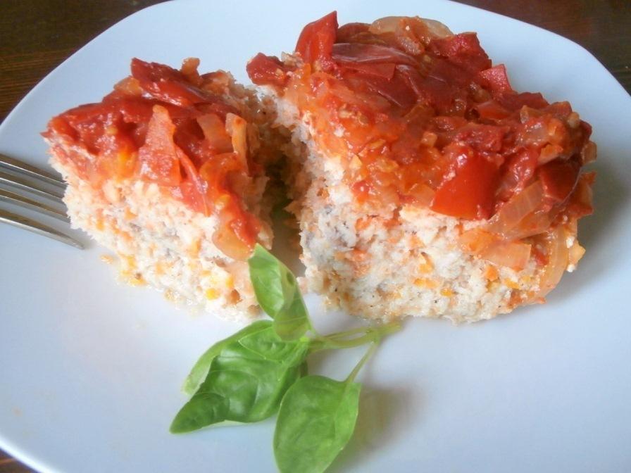 Невероятно вкусная рыбная запеканка с томатной подливой