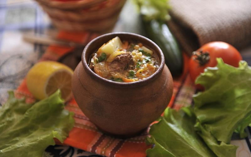 Аппетитный суп в горшочках-шикарное блюдо к обеду