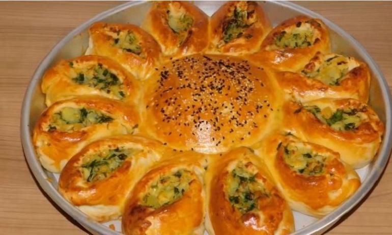 Обалденный пирог с картофельной и сырной начинкой