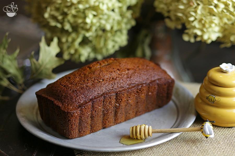 """Кекс """"медовый""""- простой рецепт вкусного десерта"""