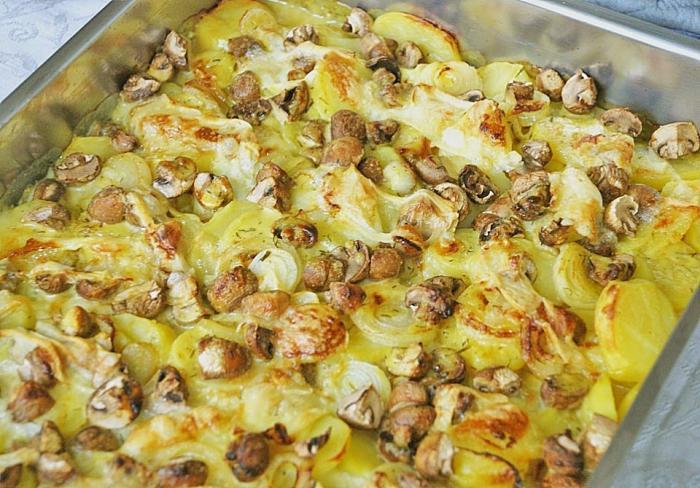 Картофель как из печи- с мясом и грибами. Вкусно, празднично и просто