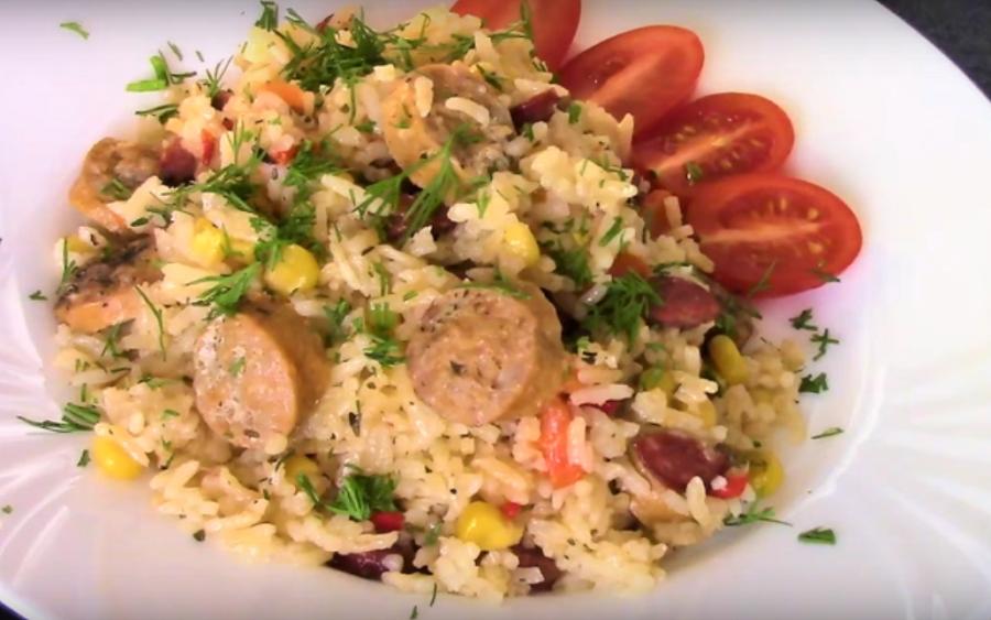 Рис с колбасками-вкусное и простое блюдо для всей семьи