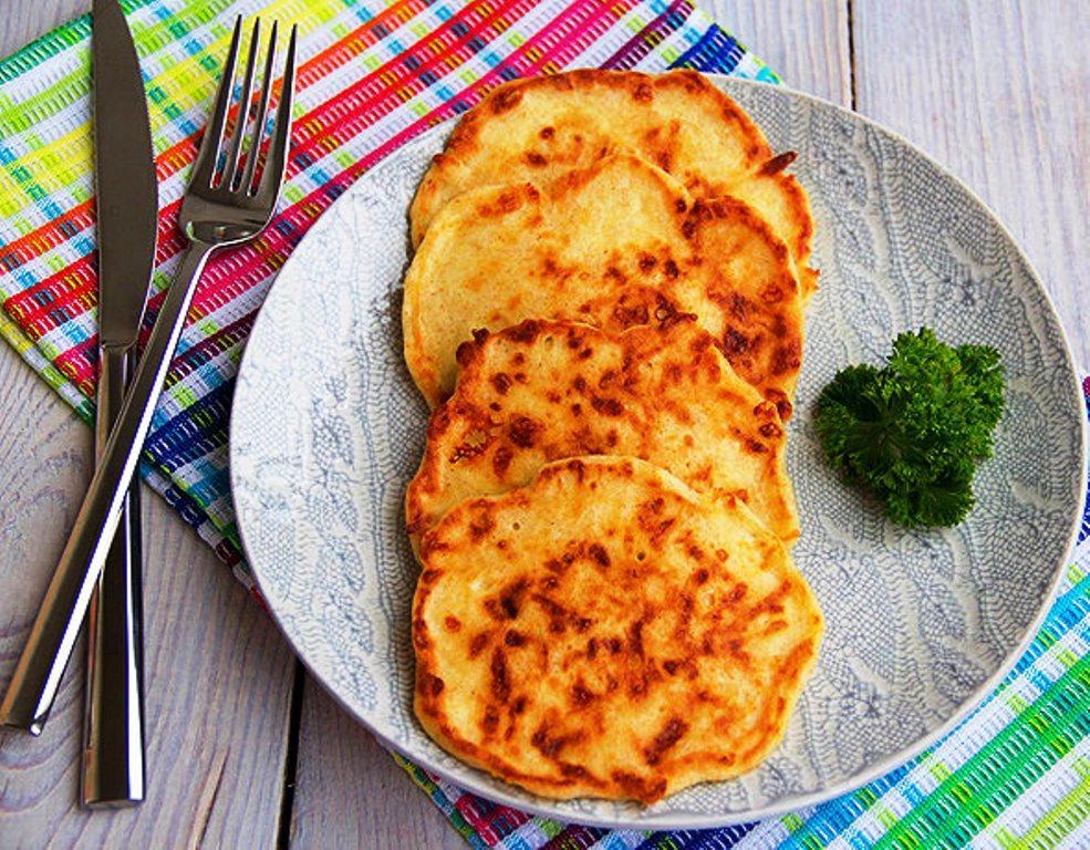 Невероятно вкусное блюдо к завтраку-сырные оладьи