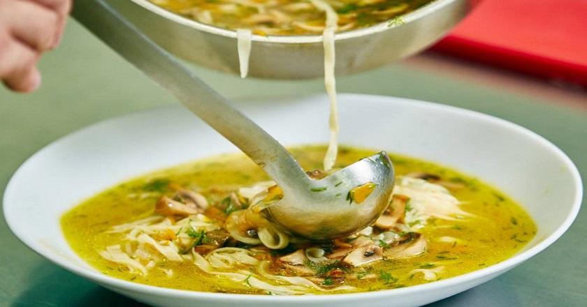 Вкуснейший грибной суп с лапшой