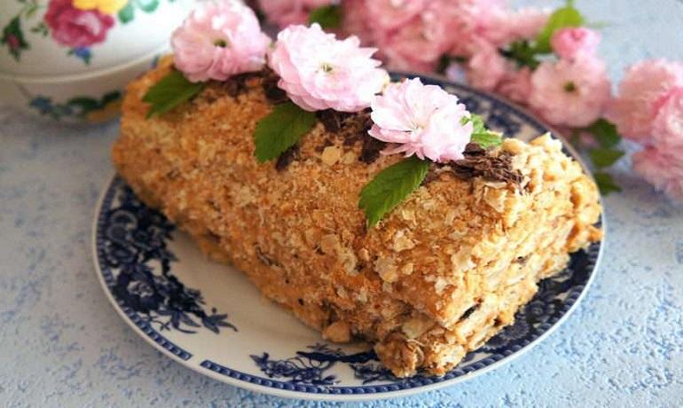 Торт «Полено» из трех ингредиентов: быстрый и вкусный