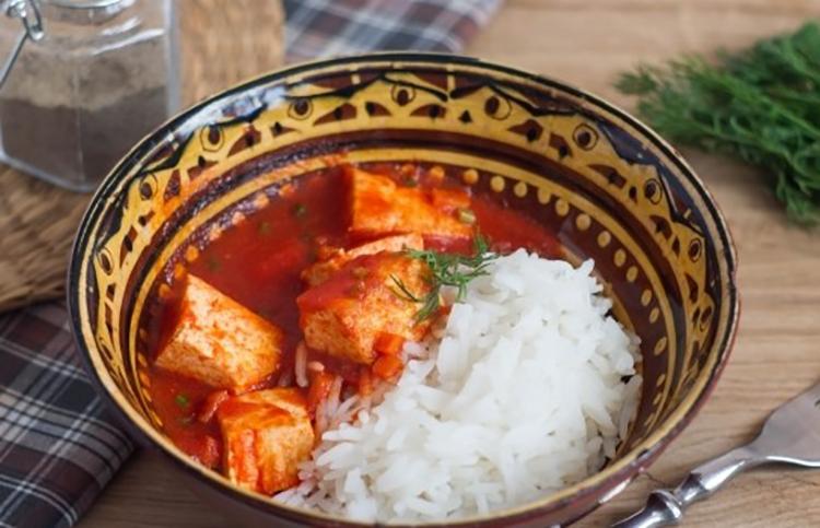 Обалденный рис с подливкой из Адыгейского сыра