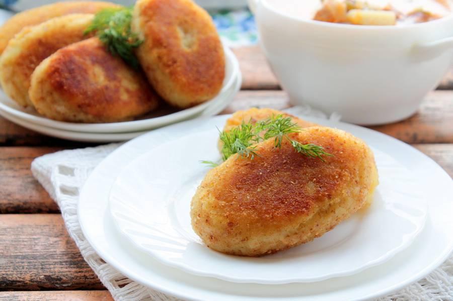 Вкусно, сытно и очень просто: картофельные зразы с фаршем