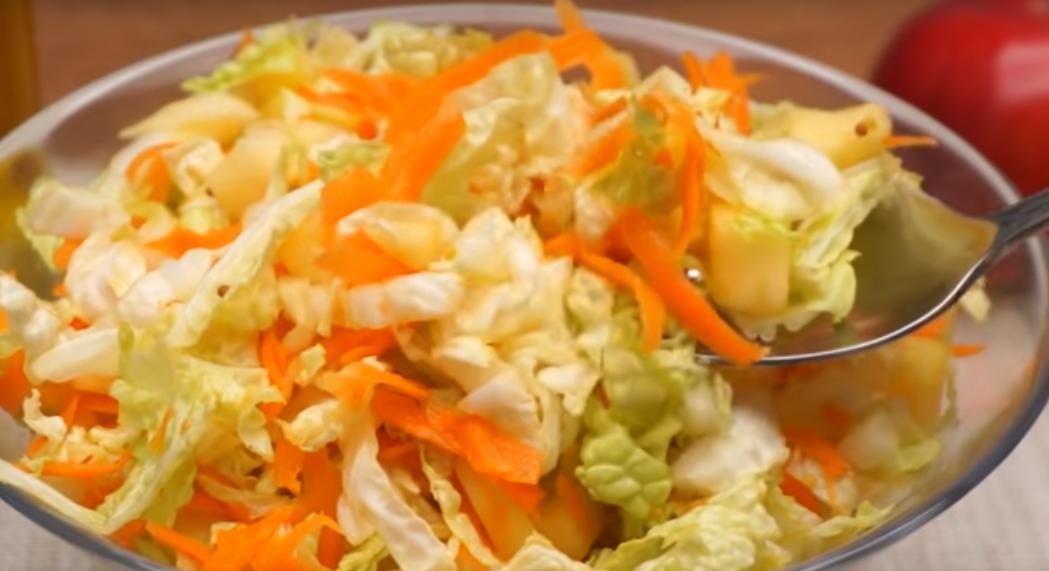 Салат без майонеза из пекинской капусты с морковью