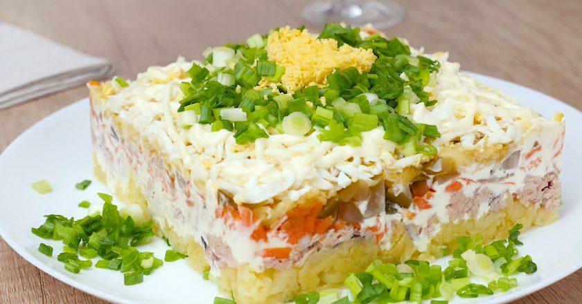 Бесподобный салат с тунцом