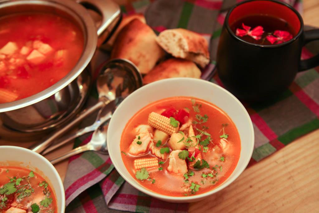 Томатный рыбный суп - вкусное блюдо к обеду