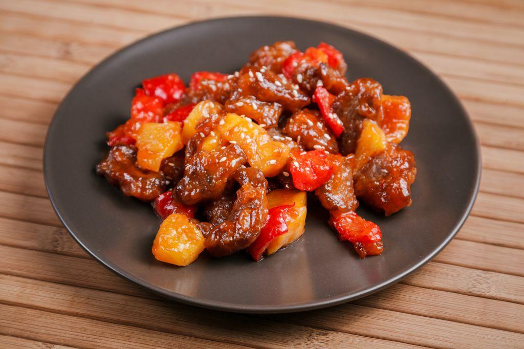 Свинина в кисло-сладком соусе: вкусное и оригинальное блюдо