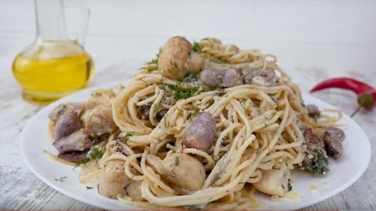 Паста с куриными сердечками: любителям итальянской кухни