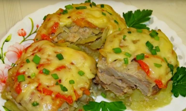 Свинина под «шубой»  для очень занятых: лучше, чем мясо по-французски!