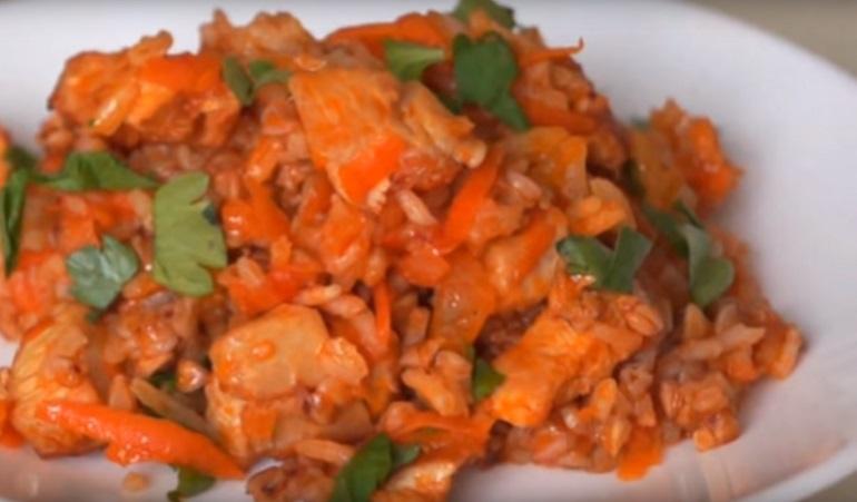 Вкусная гречка с мясом и овощами: вы полюбите это блюдо